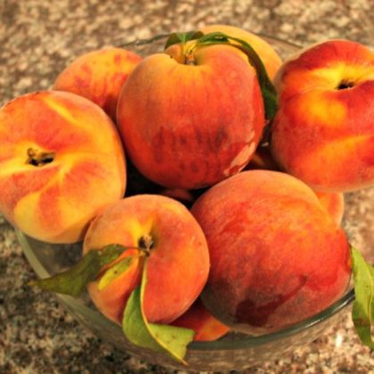 cropped-bowl-of-peaches-2.jpg